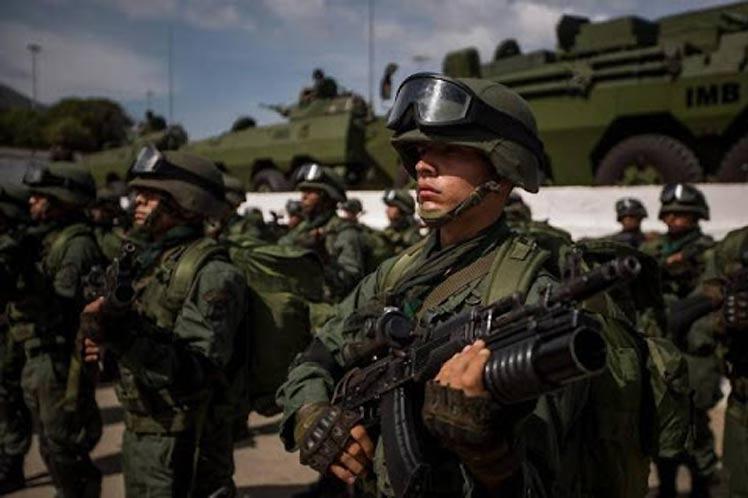 Fuerza Armada venezolana afirma que mantiene control en Apure tras enfrentamientos